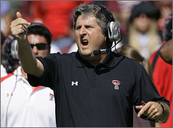Mike Leach will be back on the sidelines for Texas Tech next season after coming to terms with the school.