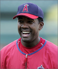 Garret Anderson, 36, is all smiles after signing a one-year contract with the Atlanta Braves.