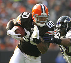 The Bucs hope tight end Kellen Winslow II can improve their new-look offense. Winslow had his best season with the Browns in 2007 with 1,106 yards and five touchdowns.