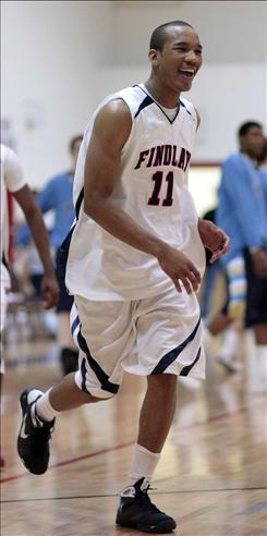 Findlay's Avery Bradley, a guard with Super 25 No. 1 team Findlay, has signed with Texas.