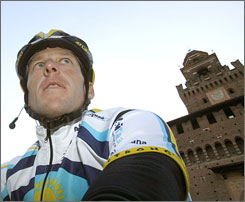 Lance Armstrong finished outside of the main pack in Saturday's Milan-San Remo race in Italy.