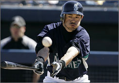 Outfielder    Ichiro Suzuki won't be swinging a bat for the Mariners until the middle of next week at the earliest.