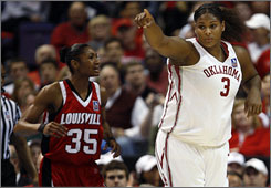 Oklahoma's Courtney Paris (3) and Louisville forward Angel McCoughtry met in the national semifinals Sunday night. Thursday, the two are expected to go near the top of the order in the WNBA draft.