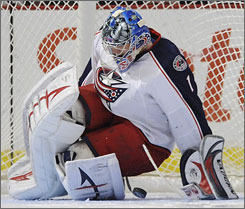 Blue Jackets rookie goalie Steve Mason will lead Columbus in its first postseason play as the squad faces the Red Wings in the first round of the NHL playoffs.