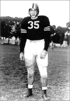 "Felix ""Doc"" Blanchard helped Army win consecutive football national championships in 1944 and 1945."