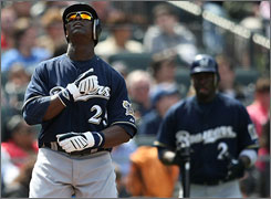 Mike Cameron celebrates his solo home run that helped the Brewers edge the Mets 4-2 in New York on Sunday.