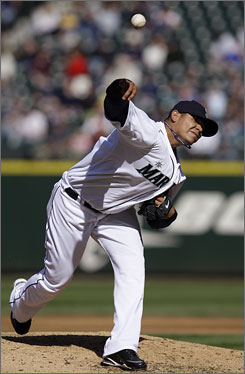 Seattle Mariners starter      elix Hernandez threw seven shut-out innings against the Tampa Rays and improved to 3-0 on the season.
