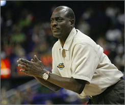 Los Angeles Sparks head coach Michael Cooper will take over as Southern California's women's basketball coach after the 2009 WNBA season ends.