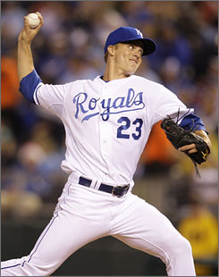 Royals ace Zack Greinke delivered another outstanding performance Friday night in winning his seventh game of the season.