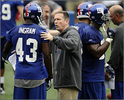 Bill Sheridan became the Giants defensive coordinator after Steve Spagnuolo left to become head coach of the Rams.