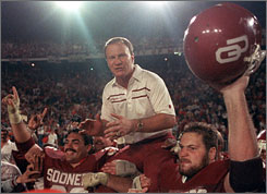 Barry Switzer won three national championships at Oklahoma, including this victory in the 1986 Orange Bowl.
