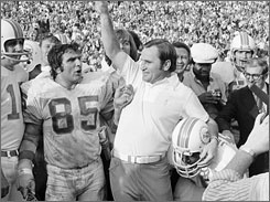 As coach of the Baltimore Colts, Don Shula lost Super Bowl III to the AFL's New York Jets. In 1970 he switched to AFL veteran Miami and led the Dolphins to a win in Super Bowl VII.