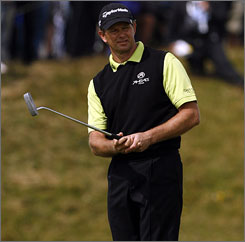 Retief Goosen's third round included a double bogey and an eagle, but he still is near the top of the leaderboard.