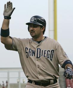 The Padres seem intent on trading first baseman Adrian Gonzalez, now or during the offseason.