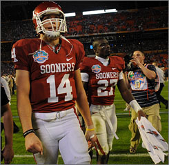 Sam Bradford hopes for a better finish this season after Oklahoma fell to Florida in last year's BCS national title game.
