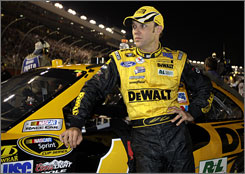 Matt Kenseth, the only driver besides Jimmie Johnson to qualify for all five editions of NASCAR's season-ending title run, is clinging to the 12th and final spot in the Chase for the Sprint Cup field.