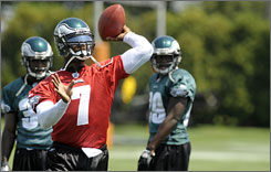 Eagles head coach Andy Reid said Tuesday that Michael Vick will take the field in the team's preseason game against the Jaguars on Thursday.