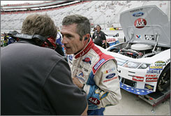 Bobby Labonte, right, yields to rookie Erik Darnell, not shown, for some races.