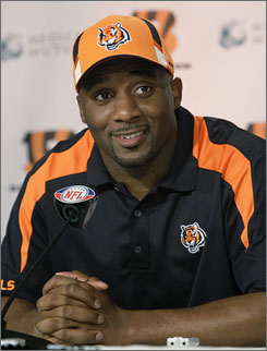 "Says former Pro Bowler Roy Williams of joining the Bengals, ""I'm very confident in my skills and I'm looking forward to doing everything they're asking of me."""