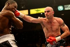 "Kelly Pavlik is set to defend his middleweight championship on Dec. 5 against Paul ""The Punisher"" Williams. The fight was originally scheduled for Oct. 3, but was called off due to a staph infection in Pavlik's hand."
