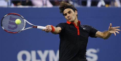 "Roger Federer, a 15-time Grand Slam champ, has a superior return game among his other skills. ""Players used to attack,"" Federer says. ""Now they defend more."""