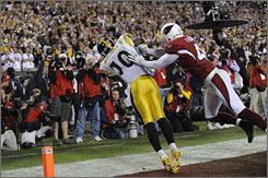 Santonio Holmes' final-minute touchdown catch propelled the Steelers to a win in Super Bowl XLIII.