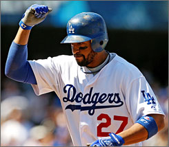 Matt Kemp contributed the power with a two-run home run in the sixth that give the Dodgers a 2-1 lead over the Pirates.