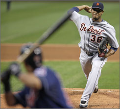 Detroit's Edwin Jackson works against the Cleveland Indians on Tuesday at Progressive Field.