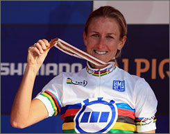 Kristin Armstrong went out on top at the cycling world championships last week.