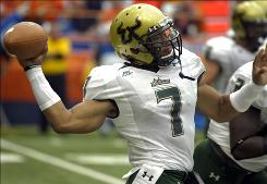 Since taking over for Matt Grothe, South Florida quarterback B.J. Daniels has completed 32 of 56 passing attempts (57.1%) for 602 yards with six touchdowns and two interceptions.