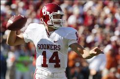 Despite season-ending shoulder surgery, Oklahoma quarterback Sam Bradford intends to enter the 2010 NFL draft.