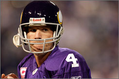 Longtime Packers QB Brett Favre will play at Lambeau Field as a visitor for the first time on Sunday.