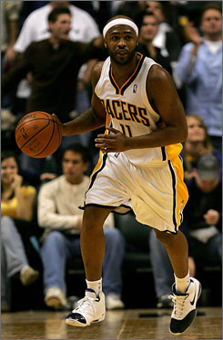 Point guard Jamaal Tinsley, who signed with the Memphis Grizzlies on Saturday, had been under contract to the Indiana Pacers but had not played since the middle of the 2007-08 season.