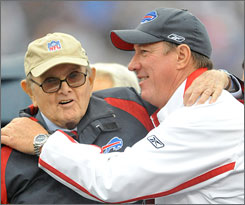 Bills Hall of Famer Jim Kelly wants to advise team owner Ralph Wilson on the hiring of the next head coach.