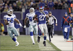 Brandon Jacobs and the Giants face the Eagles this weekend, one week after defeating the Cowboys.