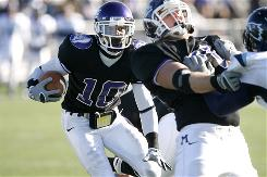 Mount Union's Cecil Shorts scored three touchdowns Saturday in beating Wesley to gain another berth in the Division III title game. Mount Union will meet Wisconsin-Whitewater.