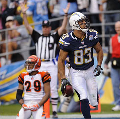 The Chargers locked up the AFC West title with a win on Sunday and a loss by the Bengals.