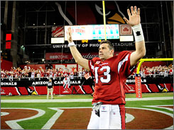 Kurt Warner threw more TD passes (five) than incomplete passes (four) in the Cardinals' win on Sunday.