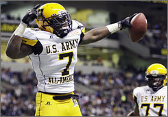 Ronald Powell celebrates his touchdown during the U.S. Army All-American Bowl. His performance in the game earned him MVP honors and bumped him into the top spot in the Rivals100 list for the Class of 2010.