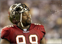 Warren Sapp was a Pro Bowler for seven straight years from 1997-2003.