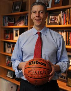 United States Secretary of Education Arne Duncan played basketball collegiately at Harvard in the mid-1980s and professionally in Australia.