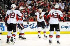 The Ottawa Senators won their fifth straight game while handing the Capitals their third straight loss.