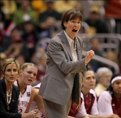 "Stanford coach Tara VanDerveer says the Cardinal have to shoot well to beat Connecticut. ""I don't think we can expect to win if we're bricklayers."""