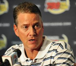 Teaching tool: Tom Glavine says PitchSight breaks down a pitcher's motion.