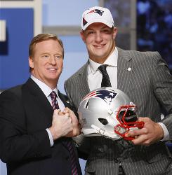 The Patriots traded up in the second round to select TE Rob Gronkowski with the 42nd pick.