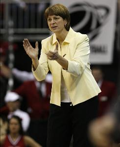 Connie Yori, coaching her Nebraska squad on March 28, helmed the Cornhuskers to a 32-2 record this past season.