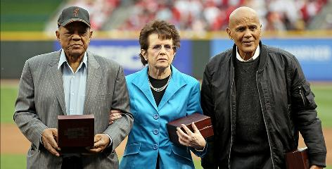 Willie Mays, left, Billie Jean King, center, and Harry Belafonte pose for the cameras after being presented with Major League Baseball's Beacon Awards before the Gillette Civil Rights Game between the Reds and Cardinals in Cincinnati.