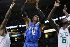 Dwight Howard had 32 points and 16 rebounds to help the Orlando Magic avoid a sweep by beating the Boston Celtics in Game 4 of the Eastern Conference finals.