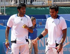 Rohan Bopanna, left, of India, and Aisam-Ul-Haq Qureshi, of Pakistan, have one title between them as a doubles duo, and they are in the field at the French Open. But more than being tennis stars, they hope to foster more understanding between their respective countries.