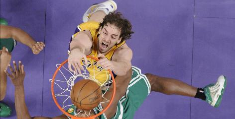 Pau Gasol dunks home two of his 23 points in Game 1 of the NBA Finals.